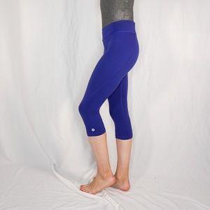 "LULULEMON Run Crop 17"" Blue Zipper Pocket Leggings"